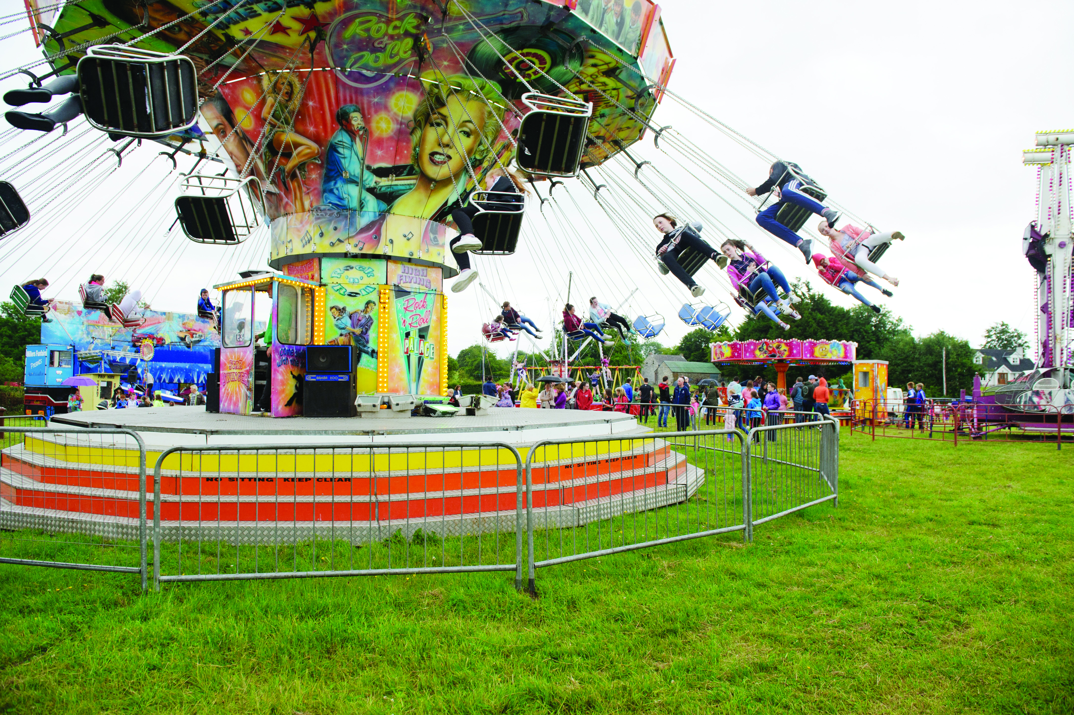 The Star Swinger fairground ride at the Carrickroe Welcome Home Festival. ©Rory Geary/The Northern Standard