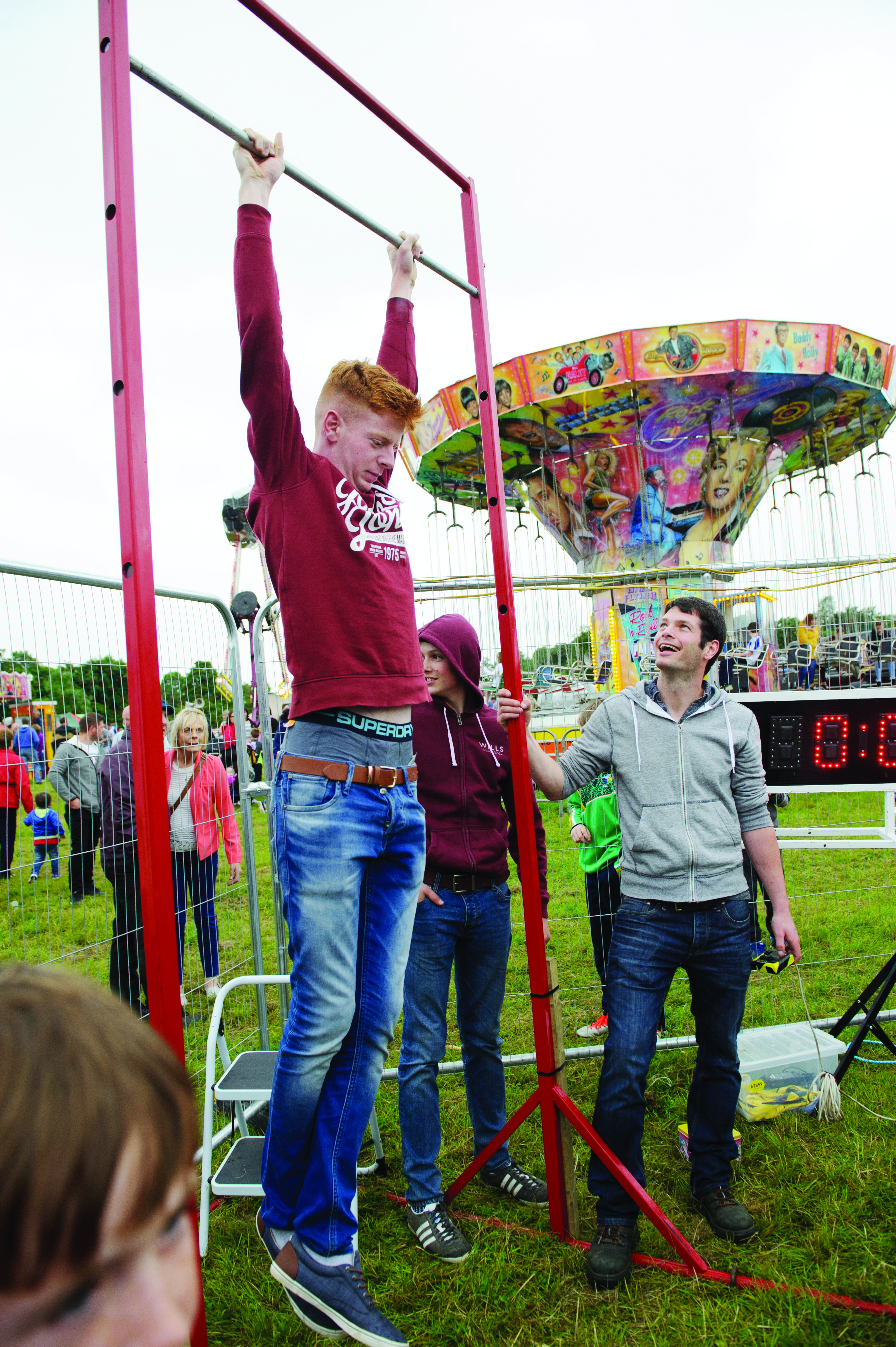 One of the competitors in the Hang Time competition during the day. ©Rory Geary/The Northern Standard