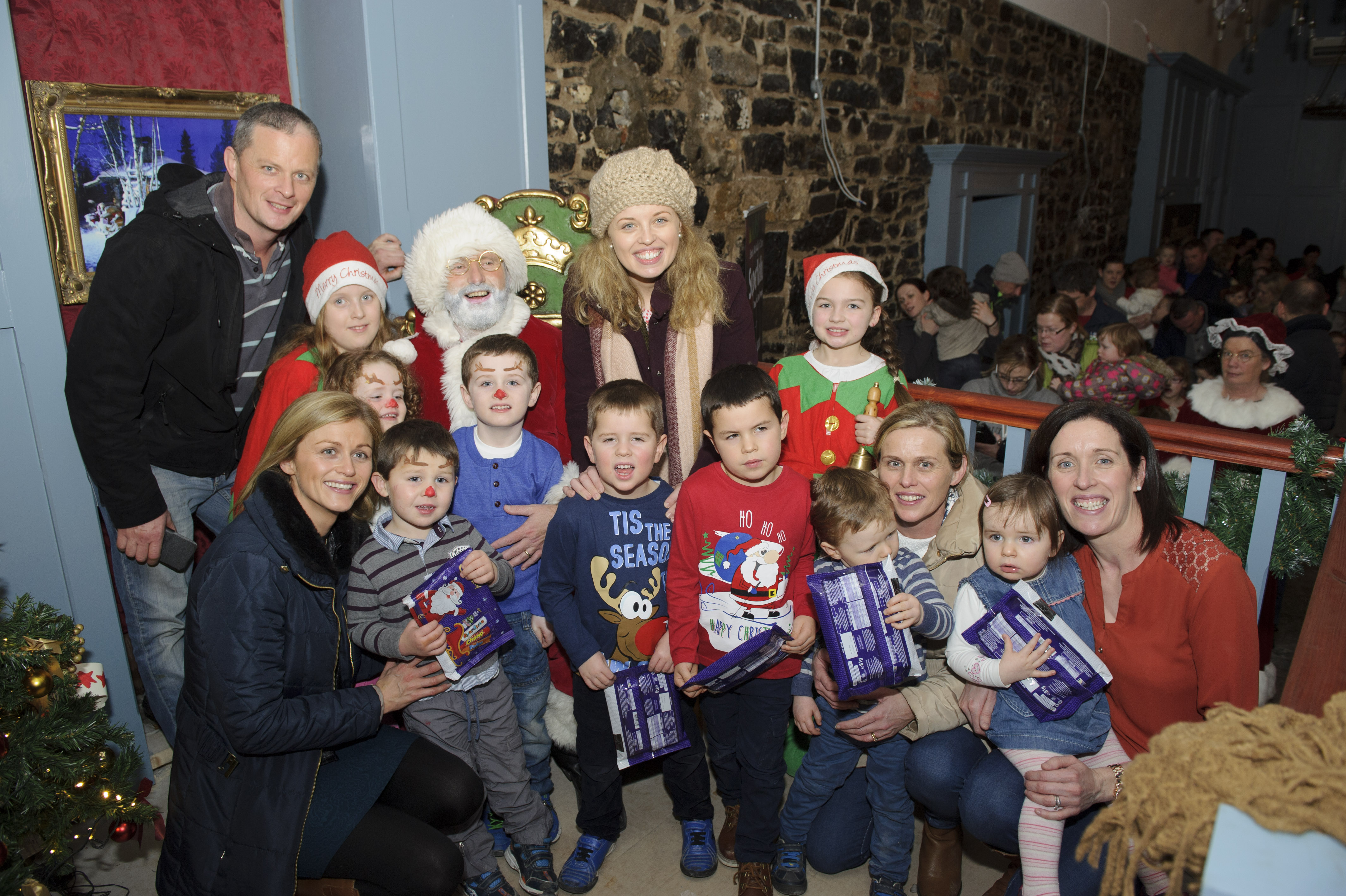 Santa in The Creighton Hotel, Clones, with some of the members of the Farrelly family and friends. ©Rory Geary/The Northern Standard