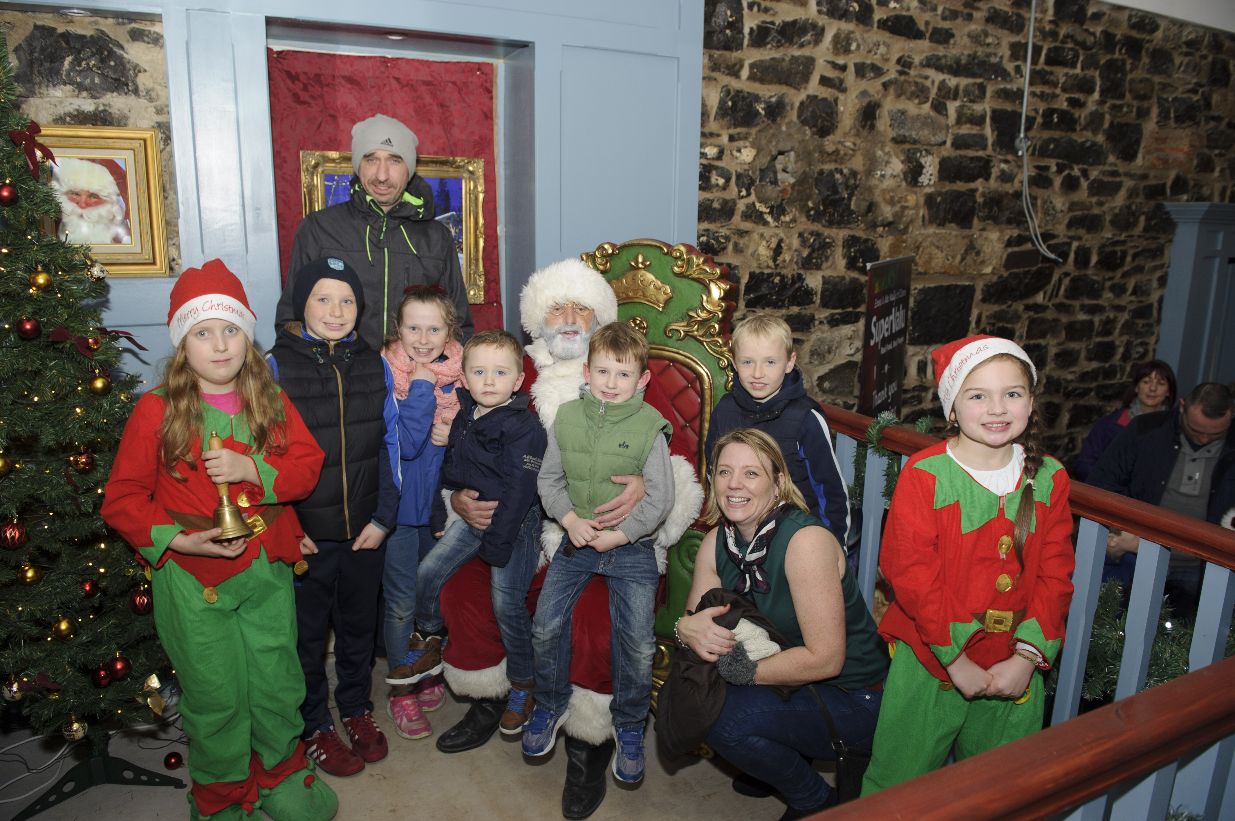 Some of the McElvaney and Monaghan Families with Santa when he visited The Creighton Hotel, Clones. ©Rory Geary/The Northern Standard