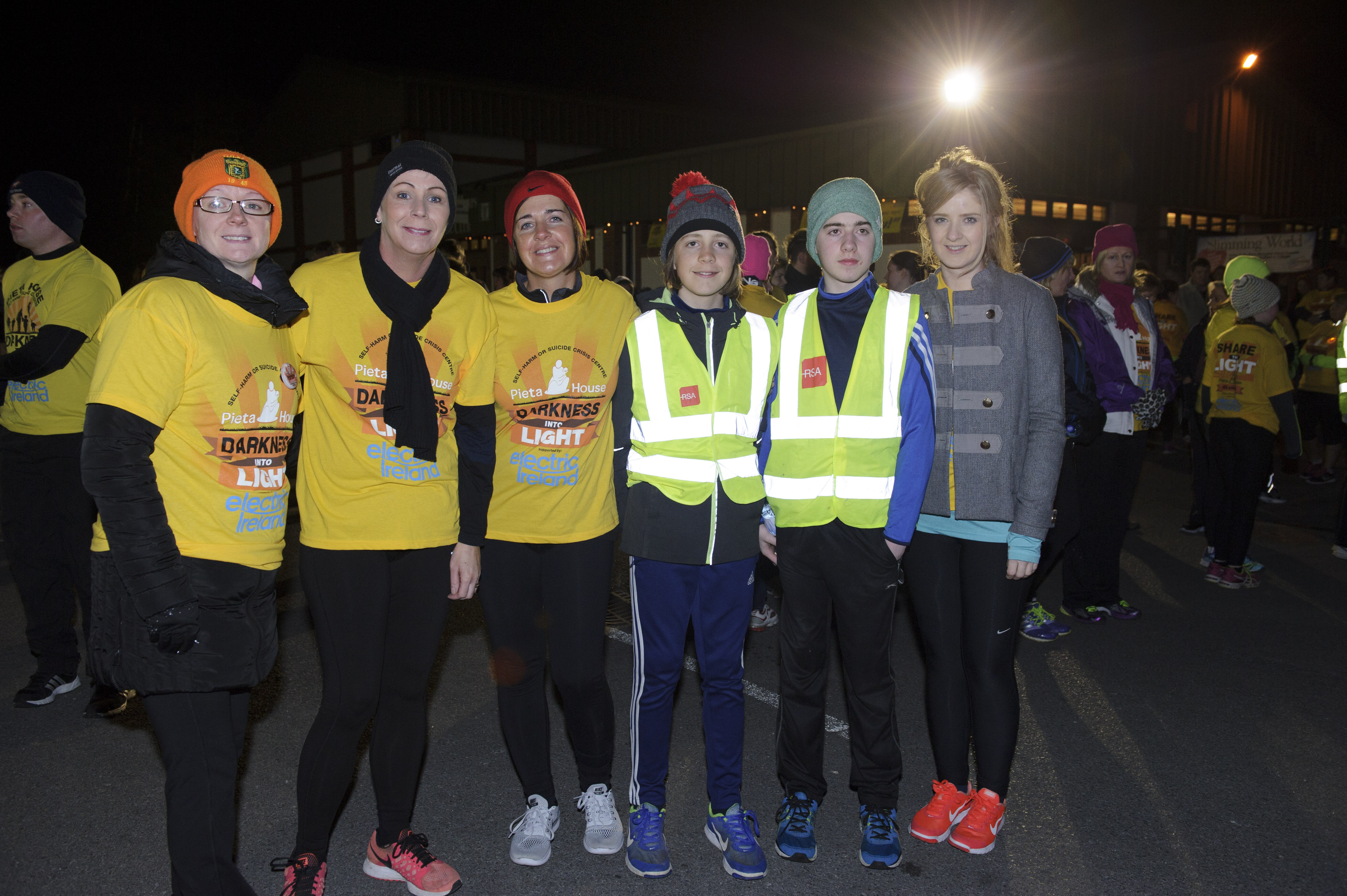 Pictured at the Monaghan Darkness Into Light were (L-R) Bernadine Gormley, Patrica Gormley, Laura Brady, Louise Brady, Reece Brady and Sharon Oliver. ©Rory Geary/The Northern Standard
