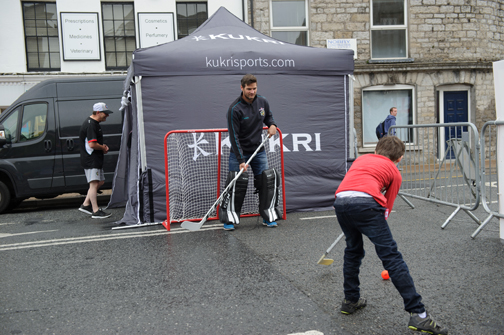 Belfast Giants ice-hockey coach, Adam O'Keefe, giving a demonstration of ice hockey skills during the Monaghan Canada Day celebrations. ©Rory Geary/The Northern Standard