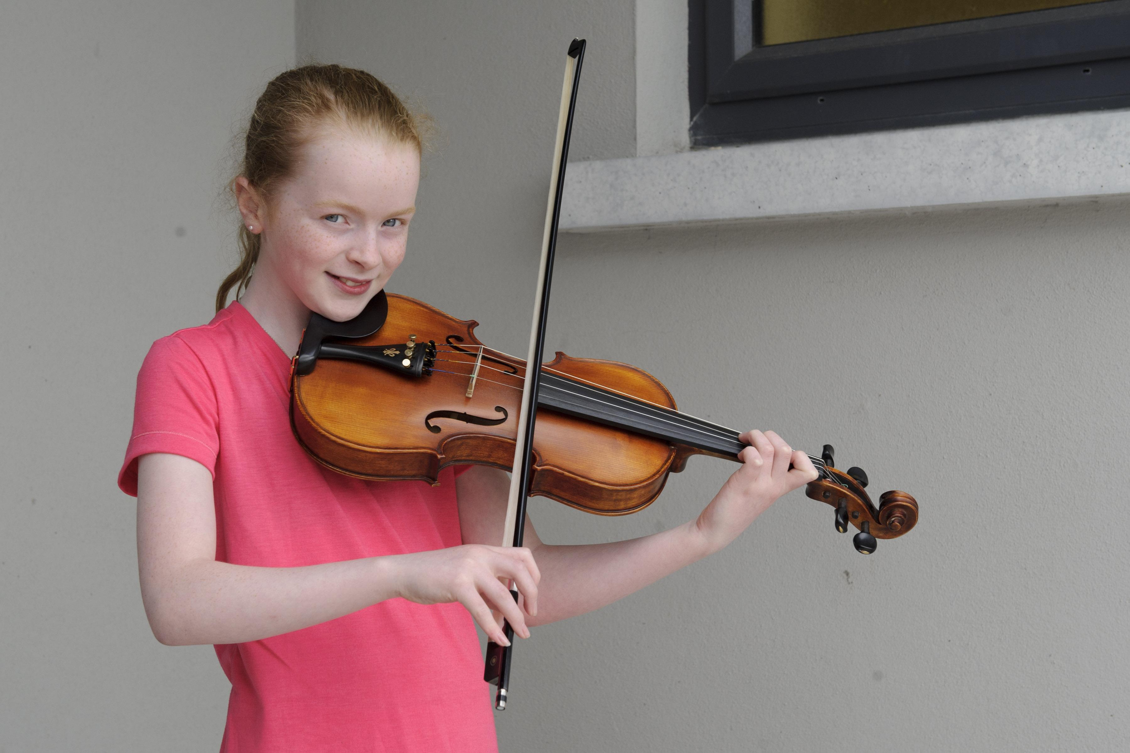 Rachael Lennon, Baile Mhuineacháin CCE, who won the U-12 Fiddle Slow Air. ©Rory Geary/The Northern Standard