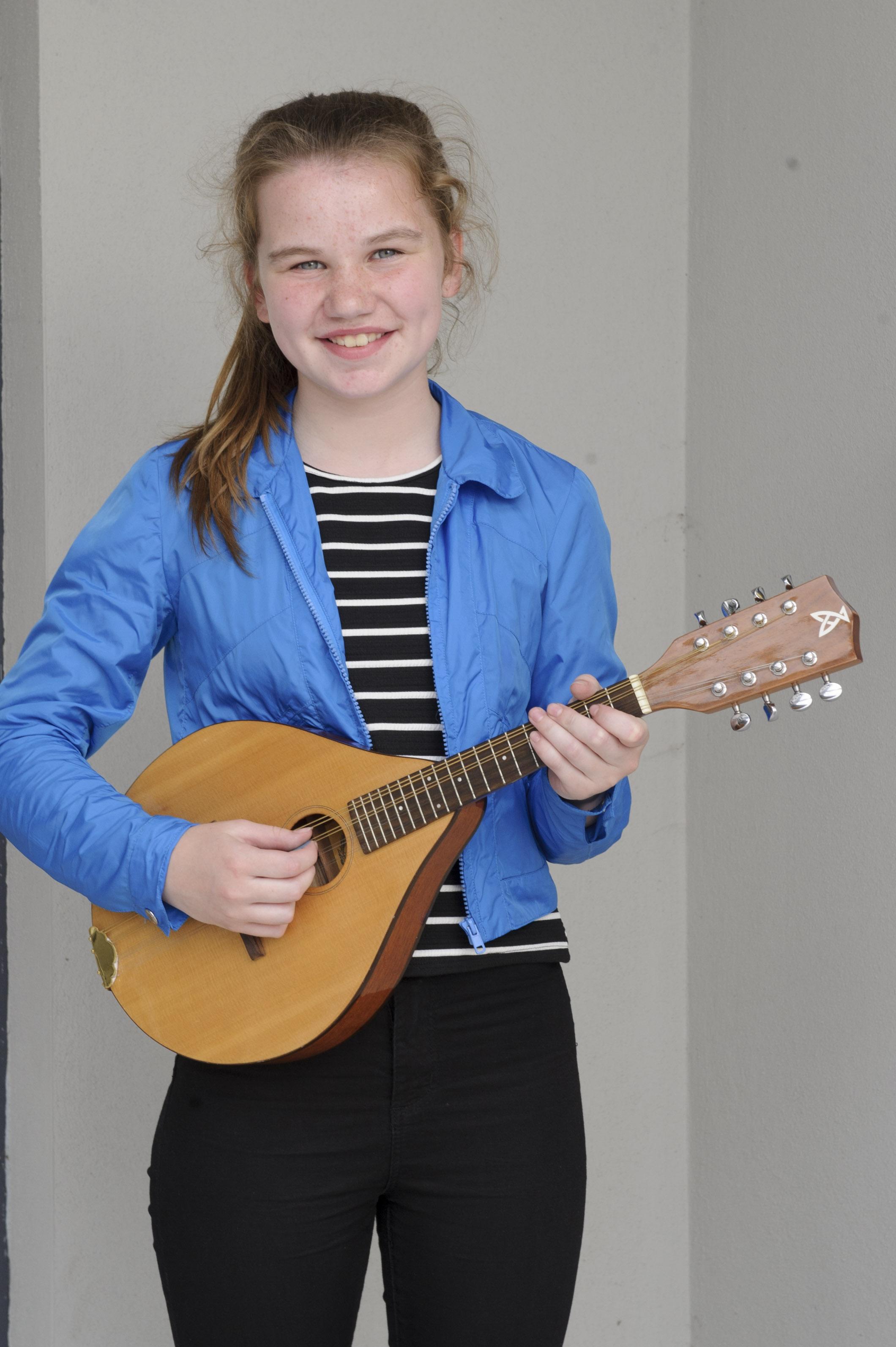 Dearbhla Ní Ghallchóir, Baile Mhuineacháin CCE, who was winner of the U-15 Mandolin competition. ©Rory Geary/The Northern Standard