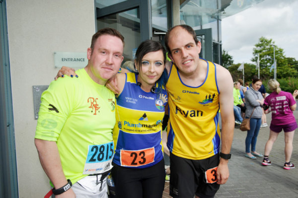 Pictured at the Monaghan 10 Miler were (L-R) Peter Simpson, Patrica Byrne and Ryan Smith. ©Rory Geary/The Northern Standard
