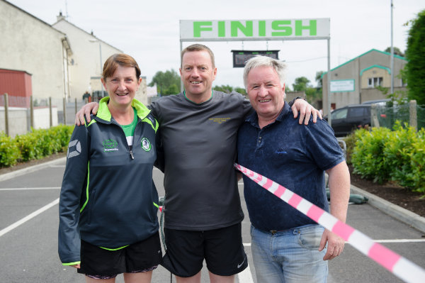 At the Friends of Roslea Shamrock's 5 Miler Border Challenge, were (L-R) Helen McCrystal, Damien Barry and Eamon Hackett. ©Rory Geary/The Northern Standard