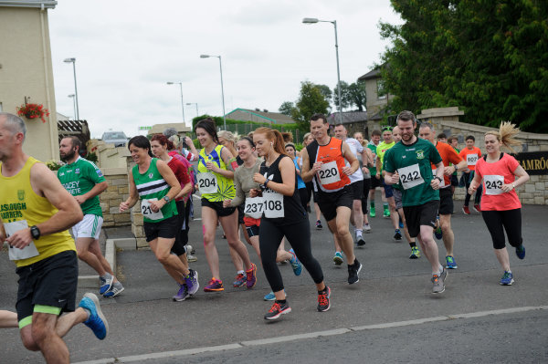 The runners starting the Friends of Roslea Shamrock's 5 Miler Border Challenge from the club grounds last Sunday morning. ©Rory Geary/The Northern Standard