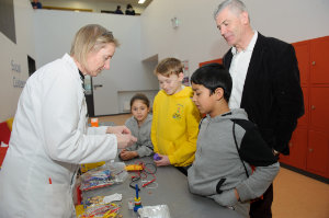 Christine Campbell showing some of the children how electricity is generated at the funday. Also included is Adge King, Monaghan County Council. ©Rory Geary/The Northern Standard