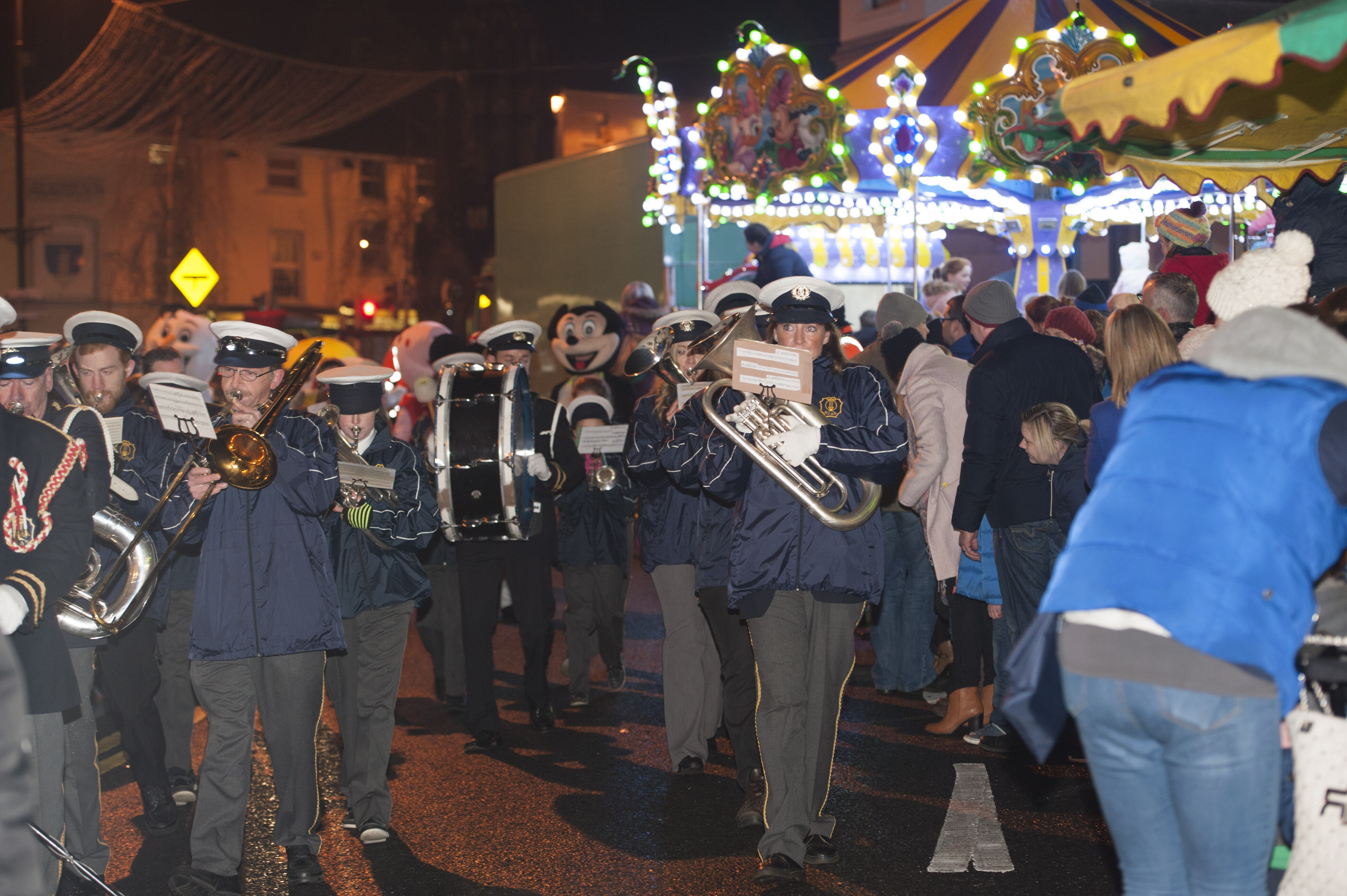 Members of Monaghan Community Brass Band leading Santa in Monaghan during the Monaghan Town Christmas Lights Switch-On. ©Rory Geary/The Northern Standard